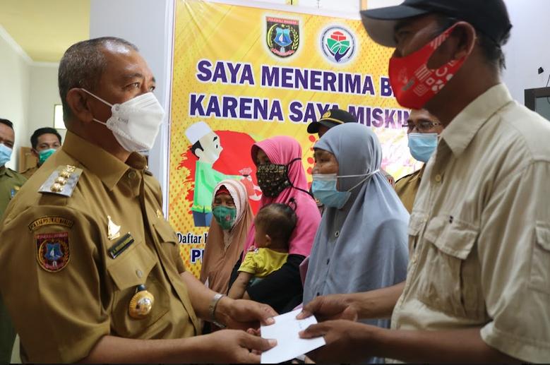 Pemkab Polewali Mandar Salurkan Bantuan kepada Korban Bencana Puting Beliung