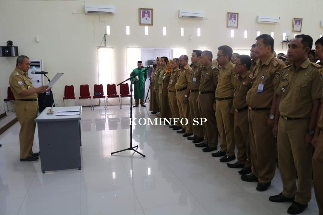 Bupati Lantik 67 Pejabat Administrator Pemkab Polewali Mandar.